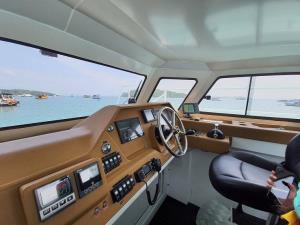 เริ่มให้บริการแล้ว! เรือไฟฟ้าท่องเที่ยวลำแรก เปิดมิติใหม่เที่ยวทะเลอันดามัน