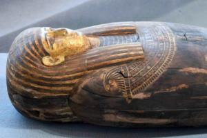 อียิปต์พบโลงศพมัมมี่อายุ 2,500 ปี กว่า 100 โลง  มากสุดเท่าที่พบในปีนี้