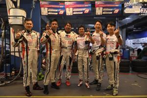 """""""โตโยต้า กาซู เรซซิ่ง ทีมไทยแลนด์"""" คว้าถ้วยพระราชทานฯ พ่วงแชมป์ประจำปีที่บุรีรัมย์"""