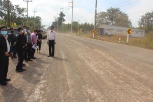 ป.ป.ช.โคราชลุยตรวจถนน 9.9 ล้านพังทั้งที่เพิ่งสร้างเสร็จ ยังแถ! ช่วงก่อสร้างเจอฝนถี่ดินเลยอุ้มน้ำ