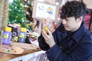 Painterbell เวทมนตร์หรือพรสวรรค์จากปลายพู่กัน กับการเติมเต็มความฝันในวัยเด็ก ที่ได้วาดภาพประกอบให้กับเซ็นทรัล แลนด์มาร์กคริสต์มาสหนึ่งเดียวที่คนไทยนับล้านรอคอย