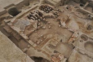 ซินเจียงพบ 'โรงอาบน้ำสไตล์โรมัน' เก่าแก่พันปี