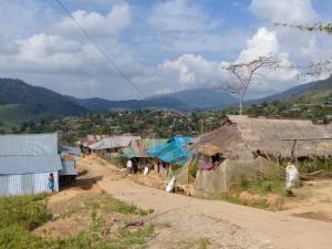 เครียดซ้ำ! พบสาว 17 ติดโควิด-19 ลอบข้ามฝั่งพม่าเข้าไทย ต้องกักกลุ่มเสี่ยงอีกกว่า 10 ราย