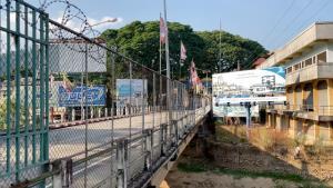 พม่าพบผู้ป่วยโควิด-19 กลางเมืองท่าขี้เหล็กห่างฝั่งไทยไม่กี่สิบเมตร