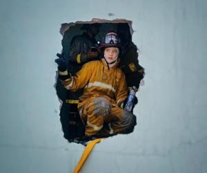 """เปิดใจ """"นางฟ้านักผจญเพลิง"""" ด่านหน้า เสี่ยงตาย 15 ปี ถือหัวจ่ายช่วยชีวิต!! [มีคลิป]"""