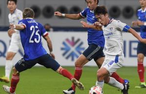 """""""อุ้ม"""" ช้ำใจ """"โยโกฮาม่า"""" พ่าย """"ซูวอน"""" 2-3 ร่วงตกรอบ 16 ทีมบอลเอเชีย"""