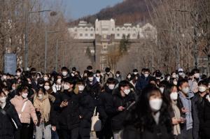ระลอก 3 สาหัส! เกาหลีใต้เร่งสร้างโรงพยาบาลตู้คอนเทนเนอร์รองรับคนไข้โควิด-19