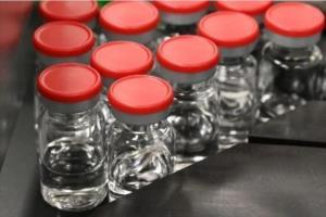 วัคซีนโควิดจีนสะดุด! เปรูสั่งระงับการทดลองหลังพบอาสาสมัครแขนขาอ่อนแรง