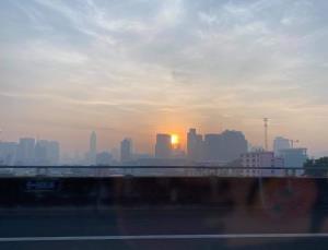กรุงเทพฯ ฝุ่นเยอะมีผลกระทบต่อสุขภาพ 6 เขต ดินแดงสาหัสสุด