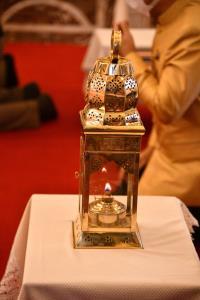 สังฆราชประทานไฟพระฤกษ์ วธ.อัญเชิญประกอบในพิธีสวดมนต์ข้ามปี 2564 เสริมสิริมงคลทั่วไทย