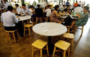 วัฒนธรรม 'อาหารริมทาง' ในสิงคโปร์ได้รับการขึ้นทะเบียนเป็น 'มรดกโลก'