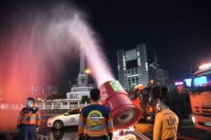 กทม.ระดมพลังทุกหน่วยงาน ปูพรม 50 เขต BIG CLEANING เมือง ล้างฝุ่น ลดมลพิษ