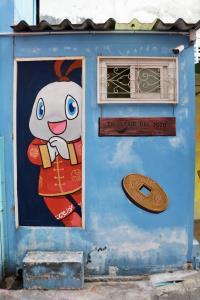 """ททท.ส่งมอบภาพ """"Amazing Thailand Phoenix Wall"""" แก่ชุมชนตลาดน้อย"""