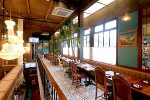 """Day & Night of Phuket"" ร้านสวยชวนนั่ง ฟังดนตรีสด ลิ้มรสของอร่อยหลากหลาย"