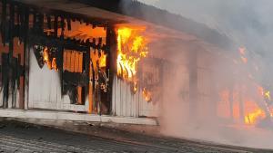 เกิดเหตุไฟไหม้บ้านนายกฯ ขนส่งแหลมฉบัง คาดไฟฟ้าลัดวงจร