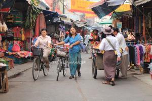 """รู้จัก """"ตลาดพม่า"""" ในเมืองไทย"""