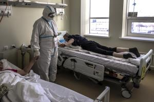 รัสเซียรับยอดตายโควิดสูงกว่าที่เผย 3 เท่า แคลิฟอร์เนียยังวิกฤต เตียง ICU เหลือน้อย ผู้ว่าเล็งล็อกดาวน์ต่อ