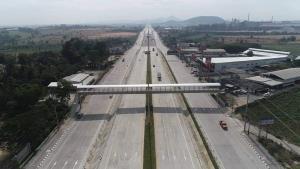 เสร็จแล้ว! สะพานข้ามแยกนิคมฯ บ่อวิน แก้จุดตัดเชื่อมอีสเทิร์นซีบอร์ด-อมตะซิตี้สะดวก