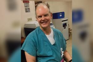 ได้เครียดกันอีก! แพทย์สหรัฐฯ เลือดออกในสมองเสียชีวิต หลังฉีดวัคซีนโควิด-19
