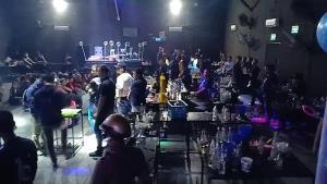 กลุ่มคนกลางคืนร้องนายกฯ เยียวยาโควิดจ่าย 5 พัน 3 เดือน งดชำระหนี้ พร้อมให้เล่นดนตรีตามมาตรฐาน สธ.
