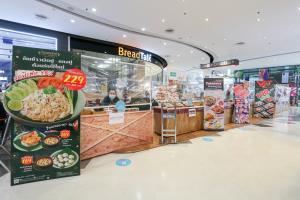 """CPN ช่วย 300 ร้านอาหารสู้โควิด เปิดพื้นที่ฟรีบริการ """"เทกโฮม-ดีลิเวอรี"""""""