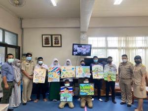 """พม. จัดประกวดวาดภาพศิลปะเด็ก 5 จังหวัดชายแดนใต้ หัวข้อ """"สำนึกรักแผ่นดิน"""" ชิงรางวัล โล่เกียรติยศจากนายกรัฐมนตรี"""