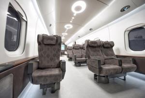 ภายในรถไฟต้นแบบที่ใช้เทคโนโลยีแมกเลฟชนิดตัวนำยิ่งยวดอุณหภูมิสูง