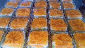 เราต้องรอด!! แม่ค้าขนมเค้กฝอยทองปรับตัวสู้โควิด-19 หันมาขายทางออนไลน์เพิ่มช่องทางในการสร้างรายได้