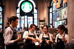 สีจิ้นผิงหนุน 'สตาร์บัคส์' ส่งเสริมสัมพันธ์จีน-สหรัฐฯ ต่อไป