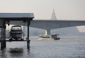 กทม.อากาศเย็นฝุ่น PM 2.5 ฟุ้ง เกินมาตรฐาน 69 พื้นที่ 49 เขต