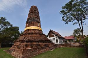 วัดปรางค์หลวง อายุกว่า 650 ปี วัดเก่าแก่ที่สุดของเมืองนนทบุรี