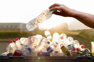มูลนิธิ 3R มุ่งสนับสนุนการใช้พลาสติกรีไซเคิลหนุนยุทธศาสตร์ BCG ของรัฐบาล
