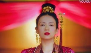 """ชาวเน็ตจีนรับไม่ได้ """"จางจื้อยี่"""" รับบทเด็กสาววัย 15"""