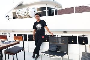 นายนิกร ต่อไมตรี เจ้าของบริษัท ซีแองเจิล ครุยซ์ จำกัด และ Sea Angel Boat Club