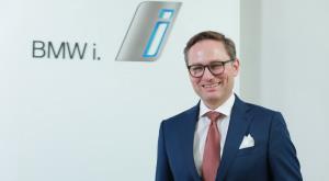 """เปิดบทสัมภาษณ์ """"อเล็กซานเดอร์ บารากา""""  เคลียร์ข้อสงสัย BMW 5Series LCi"""