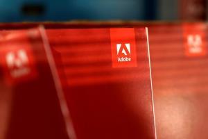 มีแบบนี้ด้วย! Adobe ฆ่า Flash ทำรถไฟจีนหยุดแล่นชั่วคราว