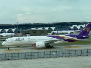 """การบินไทยเลื่อนยื่น """"แผนฟื้นฟู"""" อีก-ถกเจ้าหนี้ไม่จบ แผนการเงินไม่สมบูรณ์"""