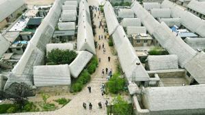 บังกะโลสาหร่ายทะเล ซึ่งที่อยู่อาศัยของชนพื้นเมืองอันไม่เหมือนใคร ในหรงเฉิงเวยไห่ มณฑลซานตงทางตะวันออกของจีน (ภาพซินหัว)