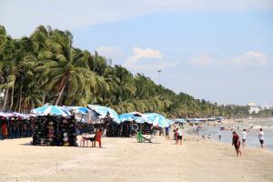 ผู้ว่าฯ ชลบุรี มีมติให้ปิดโรงแรม-สถานที่ท่องเที่ยว ทั้งจังหวัด