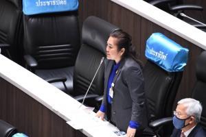 """""""พิมพ์รพี"""" ชี้ ฟื้นฟูท่องเที่ยวเกาไม่ถูกที่ ไม่พัฒนาบุคลากร โวยอุตสากรรมพลังงานทางเลือกล่ม"""