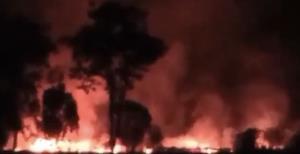 ชาวบ้านผวา!! ท้องฟ้าแดงฉาน วอนรัฐเอาจริงกับพวกลอบเผาอ้อย