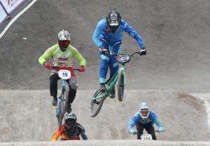 """""""สองล้อ"""" มีลุ้น BMX คว้าโควต้าลุยโอลิมปิก ส่ง 3 นักปั่นล่าแต้ม """"เวิลด์คัพ ซูเปอร์ครอส"""""""