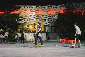 เซ็นทรัลศาลายา นครปฐมเปิดลาน Surfskate และ Skateboard เน้นเล่นฟรี ส่งเสริมกีฬาเอ็กซ์ตรีม