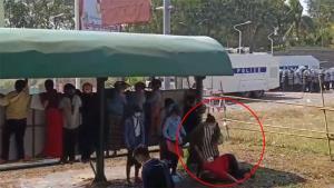 คลิปว่อนทวิตเตอร์ อ้างตำรวจใช้กระสุนจริง ยิงผู้ชุมนุมในเมียนมา (ชมคลิป)