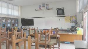 บุกพิสูจน์คลิปฉาวครูฉุนบีบคอ นร.คาห้อง ผอ.ร.ร.พาดูทุกซอกยันไม่ใช่โรงเรียนวัดคูหาสวรรค์แน่
