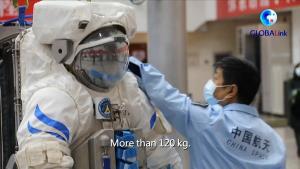 (ชมคลิป) ตามไปดู 'นักบินอวกาศหญิงจีน' ฝึกเตรียมปฏิบัติภารกิจในอวกาศ