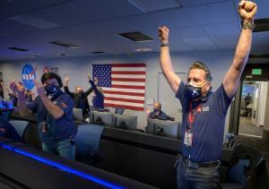 In Pics & Clips : 'นาซา' เผยคลิปวินาทียาน 'เพอร์เซเวียแรนซ์' ลงจอดดาวอังคารพร้อม 'เสียง' แรก
