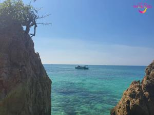 """วันเดย์ทริปที่ """"เกาะขาม"""" ทะเลสวย น้ำใส ไม่มาไม่ได้แล้ว"""