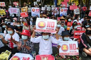 ไม่จบง่ายๆ! นักเรียนและแพทย์พม่ามีแผนชุมนุมรอบใหม่ต้านรัฐประหาร