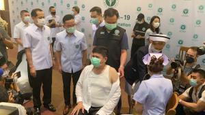 """""""แรมโบ้"""" ยินดีประเทศไทยฉีดวัคซีนโควิดแล้ว ย้ำนายกฯ จัดหาครอบคลุมประชาชนทุกกลุ่ม"""